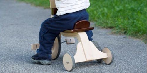 Trottinettes Tricycles et Vélos