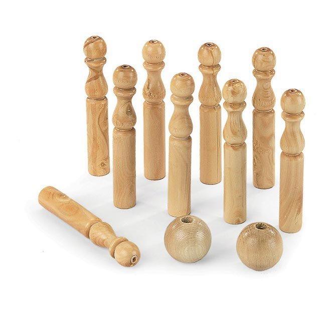 Jeu de 9 quilles en bois massif artisan du jura for Jeu bois exterieur