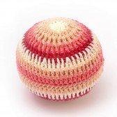 Hochet balle XXL en crochet - rose